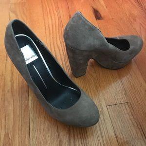 Dolce Vita light brown heels